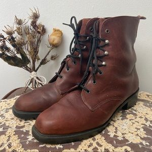 Vtg Eddie Bauer • Lace Up Ankle Boots